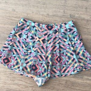 Lovers + Friends shorts!